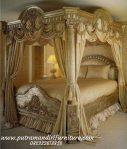 Set Kamar Tidur Kanopi Klasik Mediteran