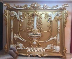Lemari Pakaian Carving Luxury