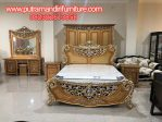 Set Kamar Tidur Klasik Syailendra