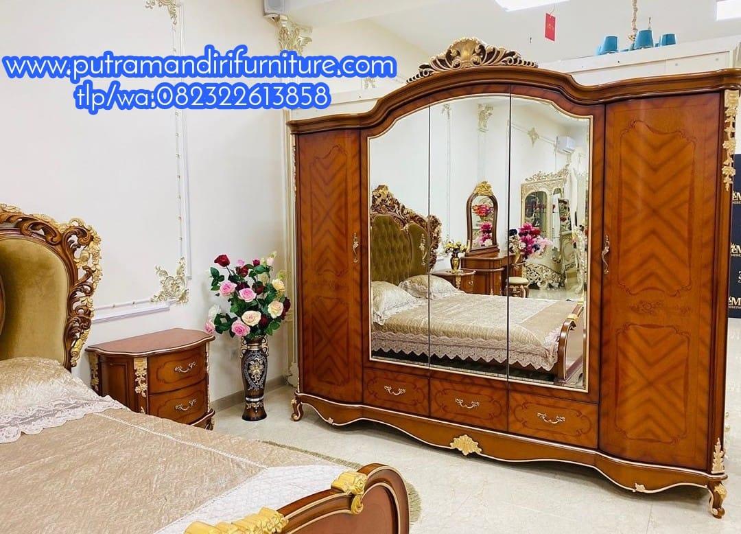 Lemari Pakaian Cermin Klasik Jayakarta
