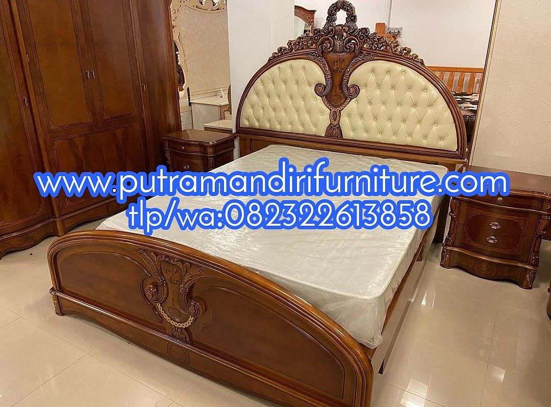 Tempat Tidur Ukir Wirasomo