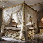 Tempat Tidur Satir Kelambu Klasik