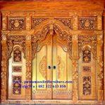 pintu utama rumah model gebyok
